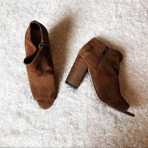 Jessica Simpson Brown Suede Heels Size 8